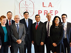 Congressman Xavier Becerra and Treasury Secretary Jack Lew visit LA Kitchen